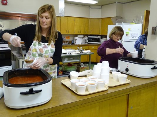 Lenten Luncheons bring church community together