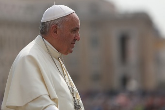 Don't blame God when someone dies – trust in the resurrection, Pope says