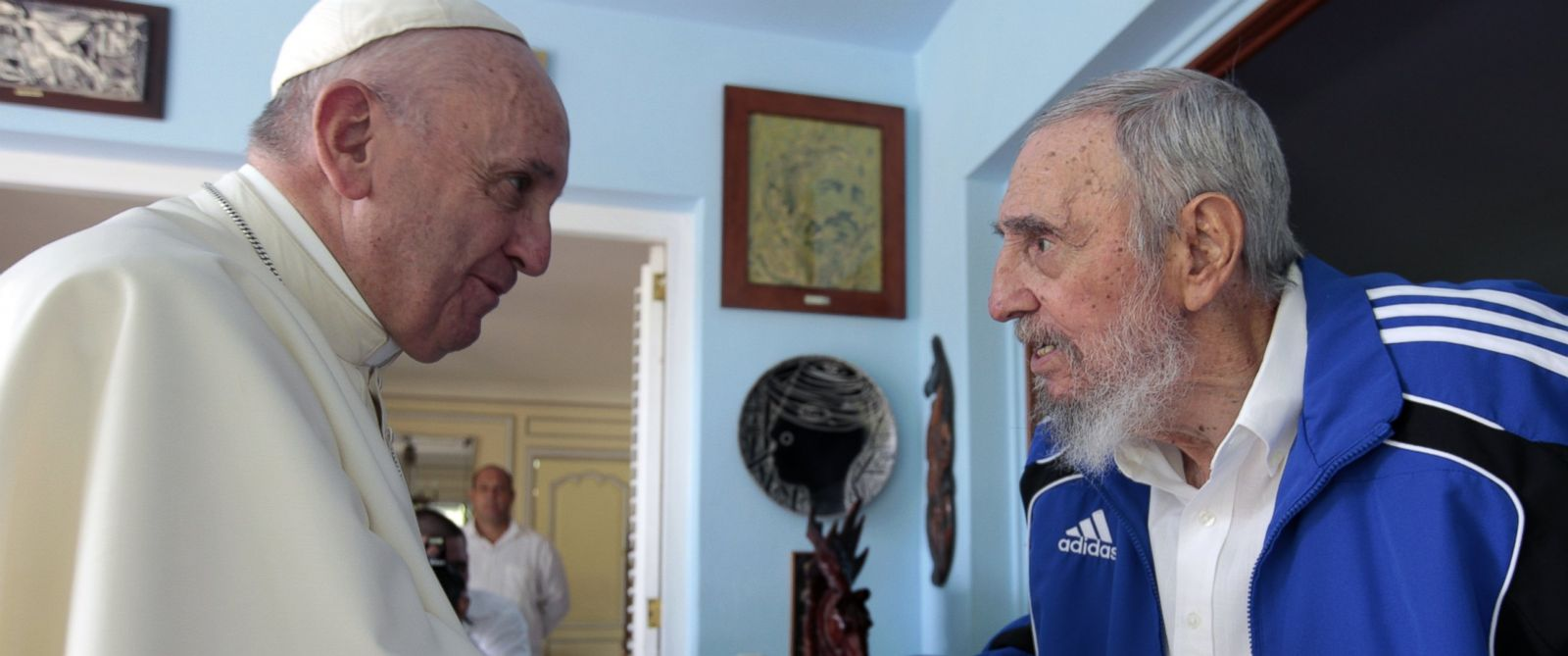 Pope Francis in Cuba: pontiff arrives in Santiago – as it happened